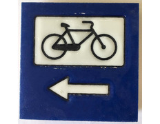 Imán cerámica Bicicleta y flecha 5X5 cm