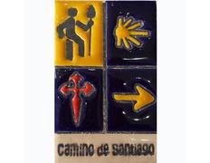 Imán Cerámica Cuatro Símbolos Camino de Santiago 5x7,5 cm